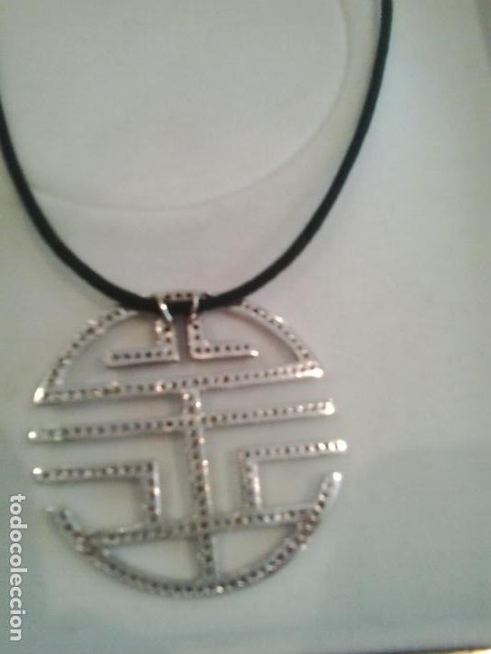 Joyeria: Colgante plata y circonitas .Simbolo longevidad. contraste, 5 cm diametro con cordon - Foto 2 - 140172888