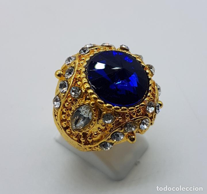 Joyeria: Gran anillo tipo imperio laminado en oro de 14k, zafiro creado, circonitas talla marqués y brillante - Foto 3 - 174230129