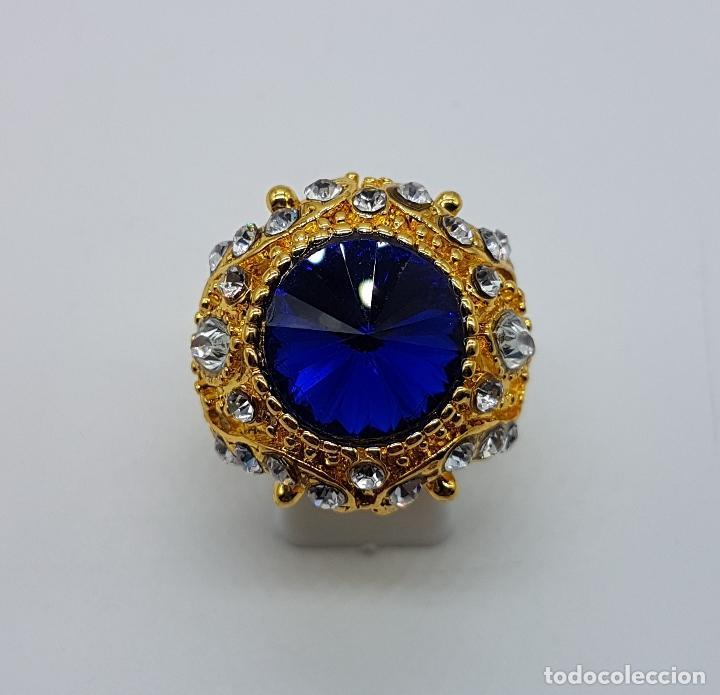 Joyeria: Gran anillo tipo imperio laminado en oro de 14k, zafiro creado, circonitas talla marqués y brillante - Foto 5 - 174230129