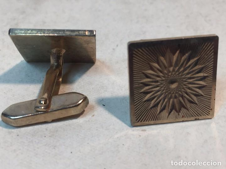 Joyeria: Gemelos cuadrado flor vintage metal dorado 13,3 gramos - Foto 2 - 90763035