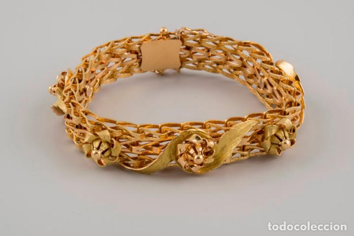 Joyeria: Exclusiva pulsera de oro de 18 Kt. con decoraciones florales - Foto 16 - 210944880