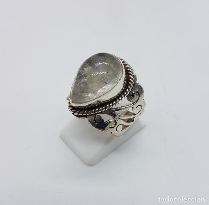 Joyeria: Magnífico anillo antiguo en plata de ley cincelada a mano con cabujón de cuarzo ahumado rutilado . - Foto 3 - 92113750