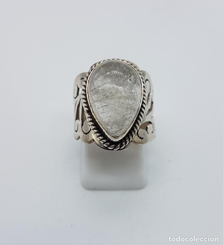 Joyeria: Magnífico anillo antiguo en plata de ley cincelada a mano con cabujón de cuarzo ahumado rutilado . - Foto 4 - 92113750