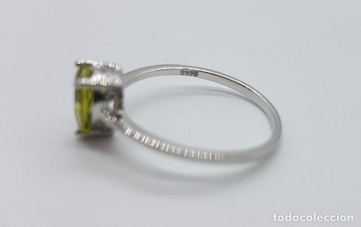 Joyeria: Bella sortija vintage solitario de pedida en plata de ley contrastada con peridoto talla lágrima . - Foto 5 - 145586896