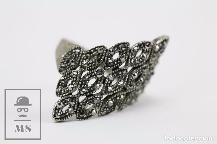 Joyeria: Anillo de Plata con Pequeños Cristales Tallados Brillantes - Diámetro Interior 19 mm - Foto 6 - 92778700