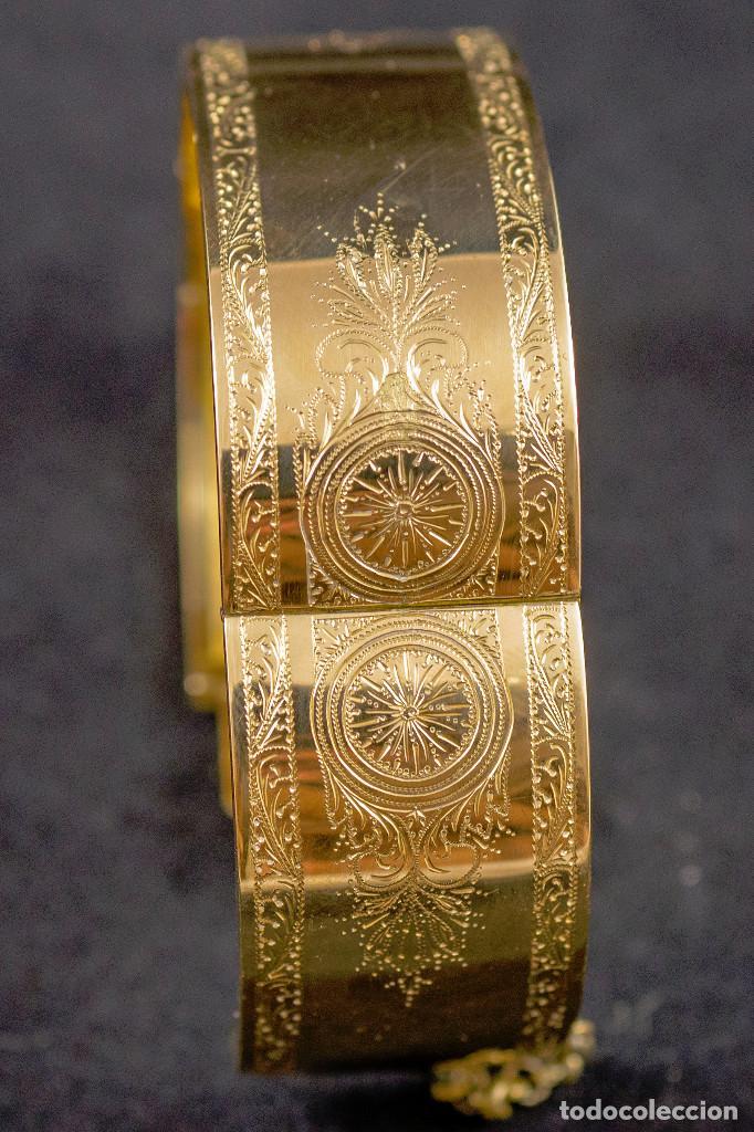el más nuevo ffa0d 5687c Antiguo brazalete de oro 18K con grabados