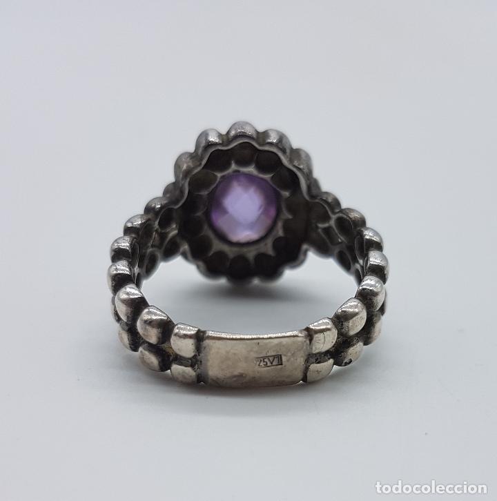 Joyeria: Bella sortija antigua en plata de ley punzonada con amatista talla oval facetada y engarzada . - Foto 5 - 94875099