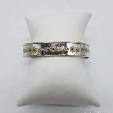 Jewelry - Bello brazalete vintage en plata de ley contrastada, oro de 18k con motivos florales repujados . - 94988759