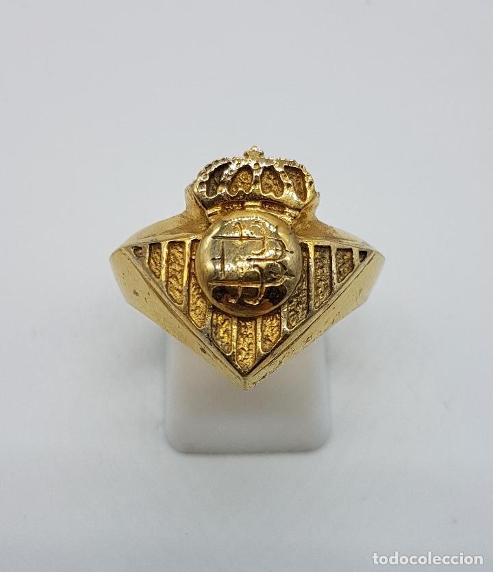 Joyeria: Gran anillo tipo sello en plata de ley contrastada y oro de 18k cincelado ( Real Betis Balompié ). - Foto 2 - 95432571