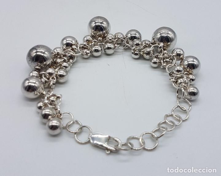 Joyeria: Original pulsera vintage en plata de ley contrastada con dijes en forma de perla de varios tamaños . - Foto 2 - 96802899