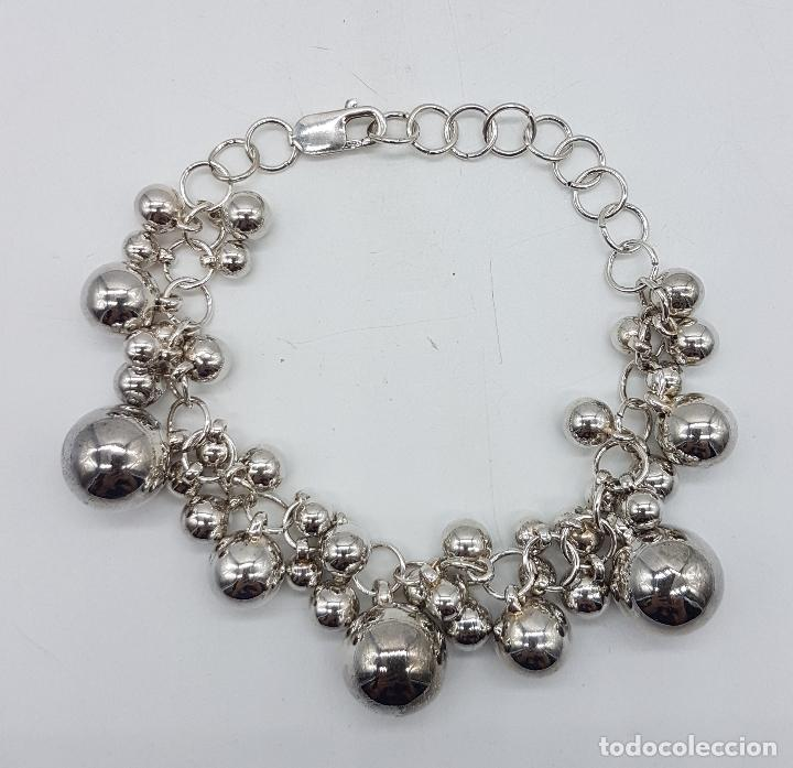 Joyeria: Original pulsera vintage en plata de ley contrastada con dijes en forma de perla de varios tamaños . - Foto 4 - 96802899