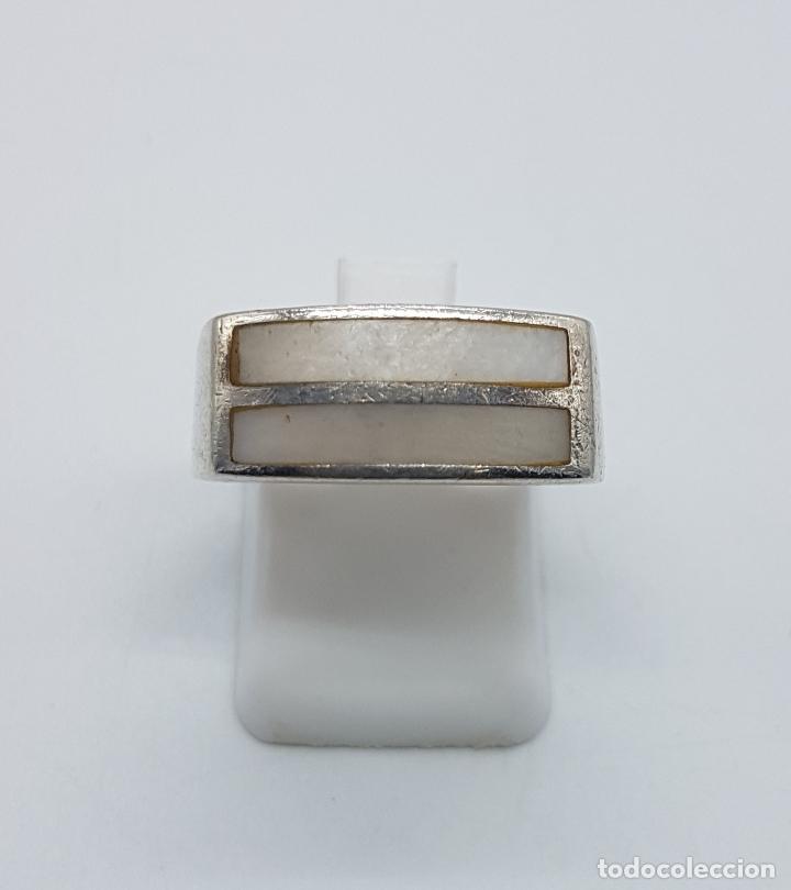 Joyeria: Anillo vintage en plata de ley contrastada con aplicaciones de nácar . - Foto 4 - 97077091