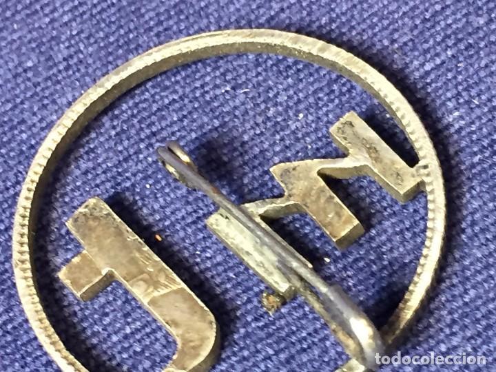 Joyeria: Broche prendedor aguja moneda plata calada iniciales mt a partir moneda dos pesetas alfonso XII XIII - Foto 3 - 97104191