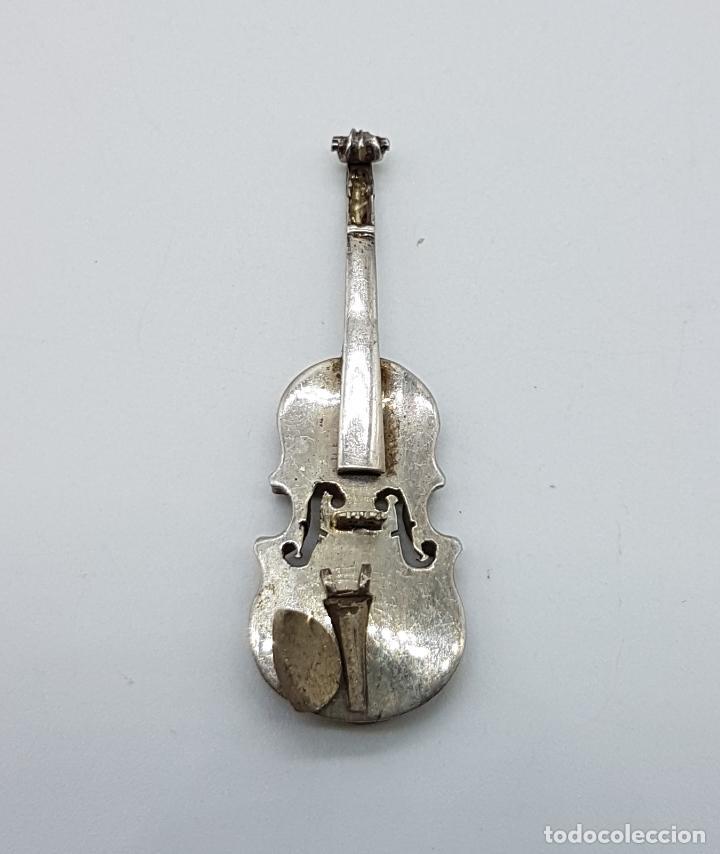 Joyeria: Violin antiguo a escala en plata de ley, hecho a mano por un artista joyero . - Foto 2 - 97883247