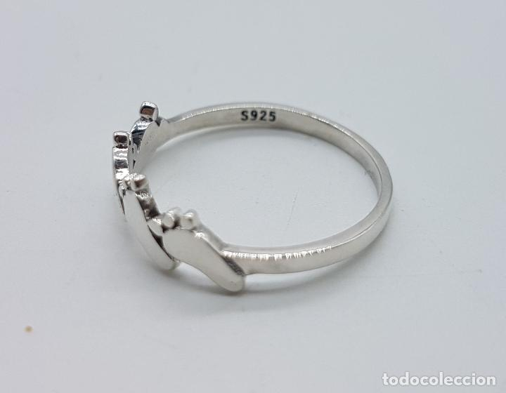Joyeria: Original anillo tipo vintage en plata de ley contrastada con huellas de pie bellamente troquelados . - Foto 5 - 98721015