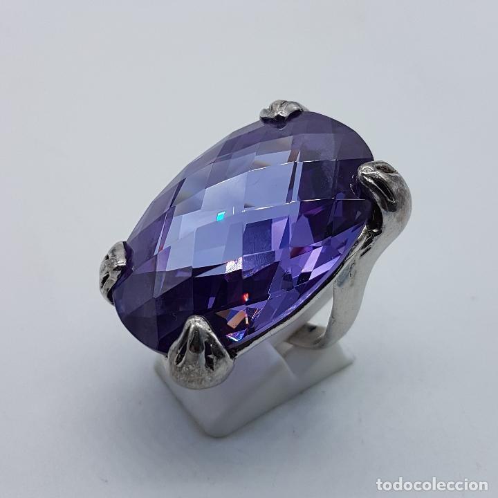 Joyeria: Espectacular anillo en plata de ley con gran amatista talla oval facetada sujeta por serpientes . - Foto 2 - 99396827