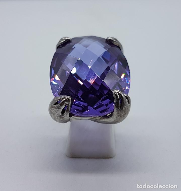 Joyeria: Espectacular anillo en plata de ley con gran amatista talla oval facetada sujeta por serpientes . - Foto 3 - 99396827