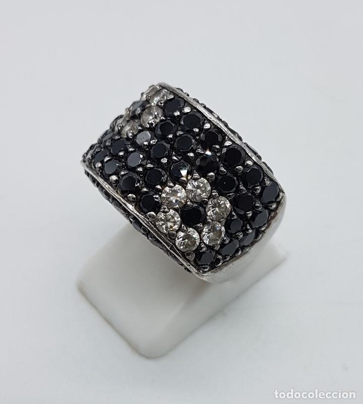 Joyeria: Magnífico anillo en plata de ley contrastada, azabaches y circonitas talla diamante engarzadas . - Foto 2 - 99830963