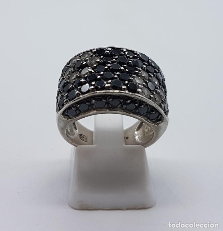 Joyeria: Magnífico anillo en plata de ley contrastada, azabaches y circonitas talla diamante engarzadas . - Foto 3 - 99830963