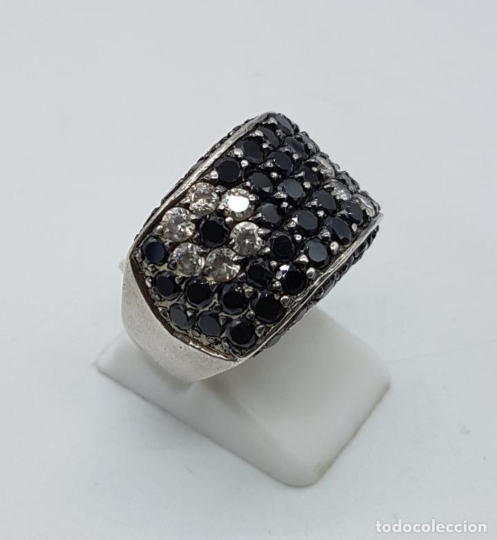 Joyeria: Magnífico anillo en plata de ley contrastada, azabaches y circonitas talla diamante engarzadas . - Foto 4 - 99830963