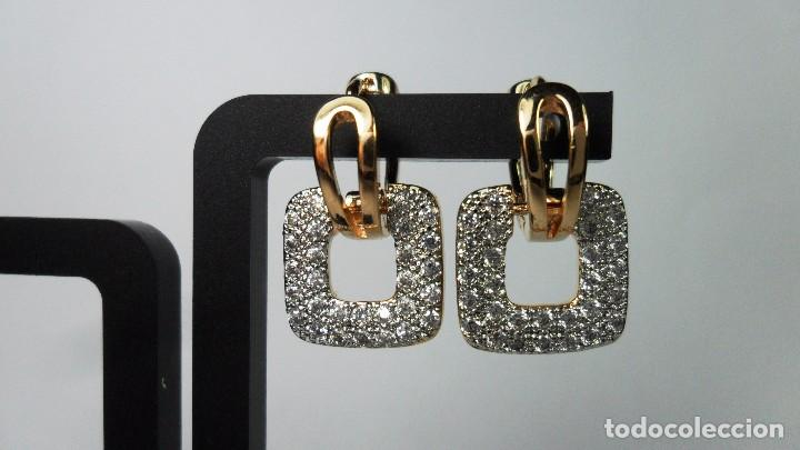 Joyeria: Pendientes en oro de 14 quilates, tipo aro con adorno engastados en pavés colgando - Foto 4 - 99849779