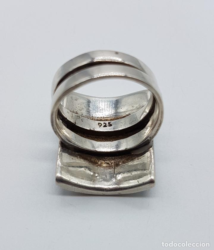 Joyeria: Gran anillo vintage en plata de ley contratada con aplicaciones en negro azabache y nacar autentico. - Foto 5 - 100100679