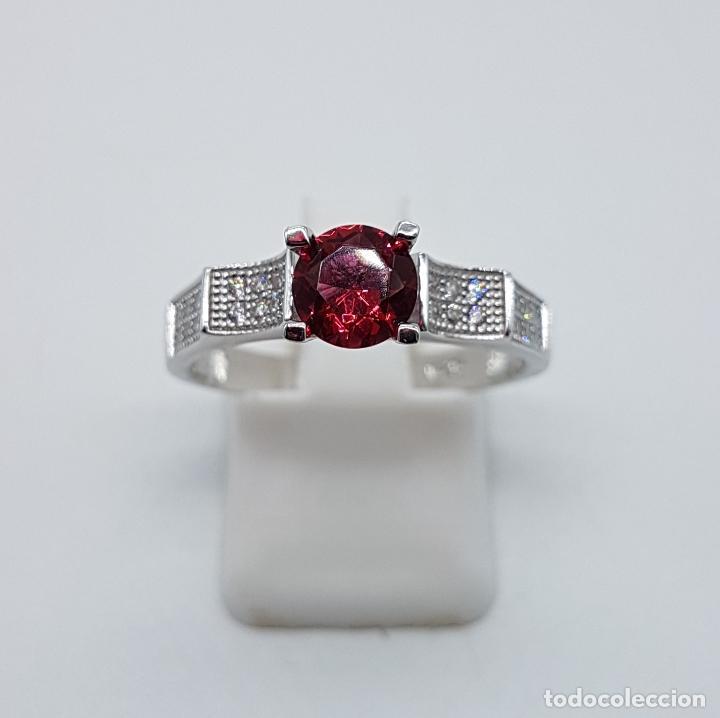 Joyeria: Sortija tipo art deco solitario en plata de ley, topacio rosa talla diamante y circonitas . - Foto 3 - 100404315