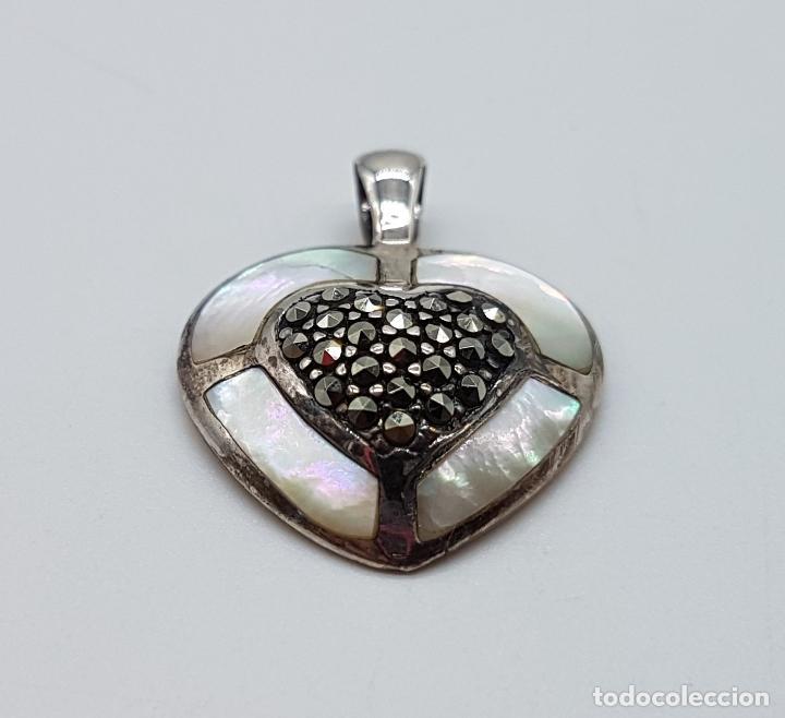 Joyeria: Colgante antiguo en forma de corazón en plata de ley, marquesitas y aplicaciones de nacar autentico. - Foto 3 - 100471511