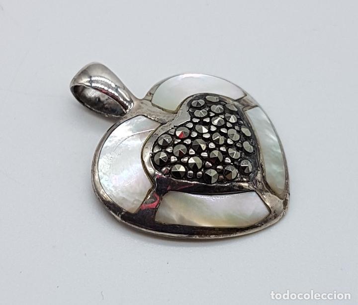 Joyeria: Colgante antiguo en forma de corazón en plata de ley, marquesitas y aplicaciones de nacar autentico. - Foto 4 - 100471511