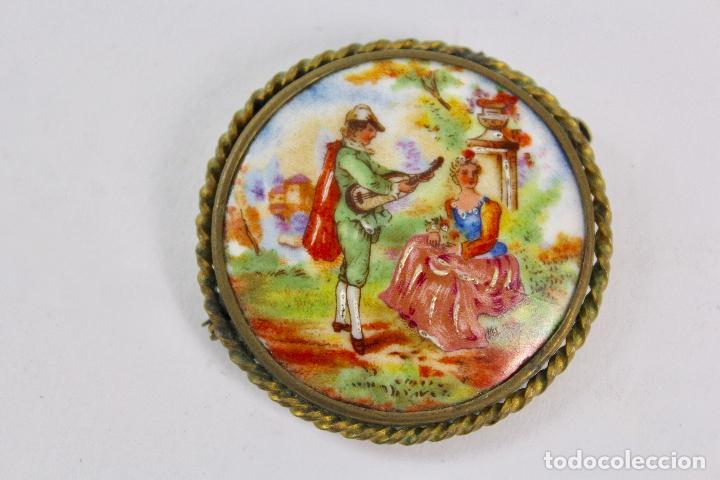 JOY-772. BROCHE DE PORCELANA LIMOGES PINTADO A MANO. S.XIX. (Joyería - Broches Antiguos)