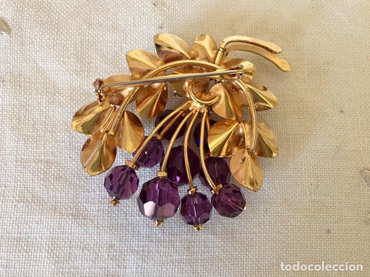 Joyeria: Broche dorado y cristales años 50 - Foto 3 - 101649068