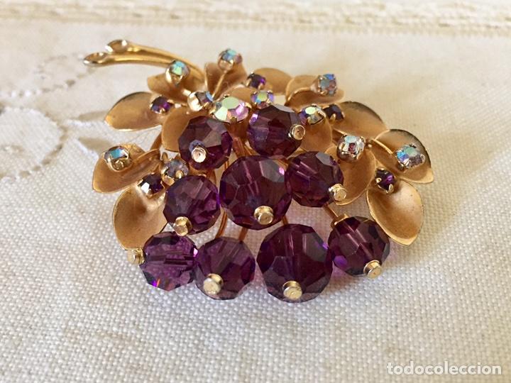 Joyeria: Broche dorado y cristales años 50 - Foto 4 - 101649068