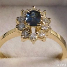 Joyeria: EXQUISITA SORTIJA DE ORO 18 QUILATES CON 1.00 CT DE BILLANTES Y BELLO ZAFIRO CENTRAL -. Lote 101850595