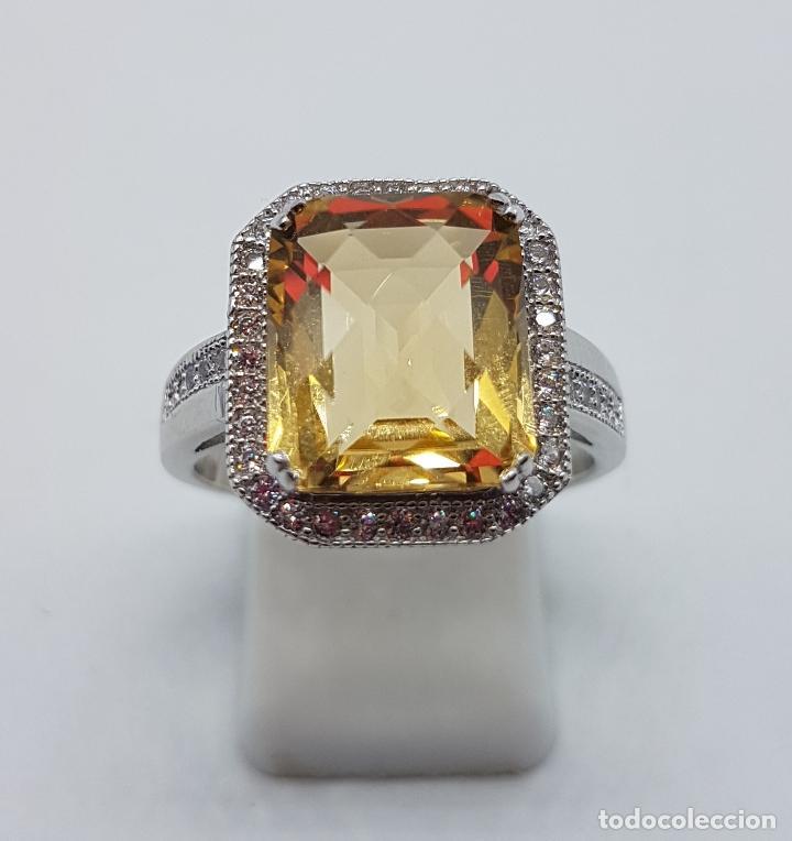 Joyeria: Magnífico anillo tipo imperial en plata de ley, gran topacio talla esmeralda facetada y circonitas . - Foto 5 - 140068658