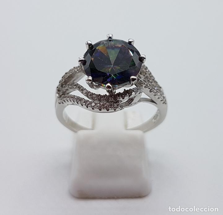 Joyeria: Bella sortija de estilo modernista en plata de ley, circonitas y topacio mistico talla diamante . - Foto 4 - 102278555