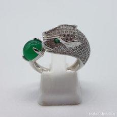 Jewelry - Magnífica sortija vintage en plata de ley tipo cartier, jade, pave de circonitas y esmeraldas . - 142681120