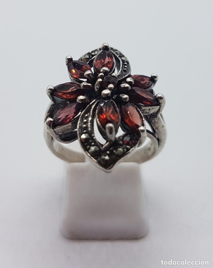 Joyeria: Anillo antiguo en plata de ley contrastada con granates talla marqués y marquesitas talla brillante. - Foto 3 - 102458603