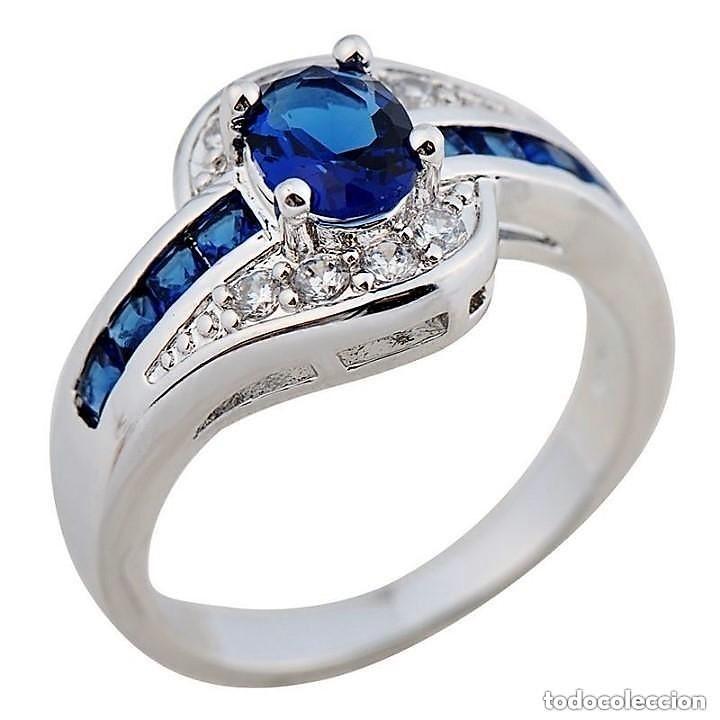 27b5da4d7bb1 Bonito anillo plata 925 con zafiro central azul - Vendido en Subasta ...