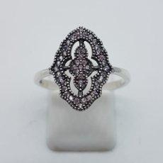 Joyeria - Anillo de estilo gótico en plata de ley contrastada y circonitas talla brillante . - 103208099