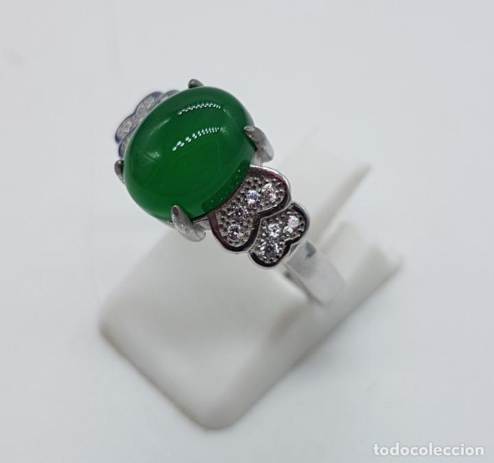 Joyeria: Sortija de estilo vintage en plata de ley contrastada, circonitas talla brillante, cabujón de jade . - Foto 2 - 152707834
