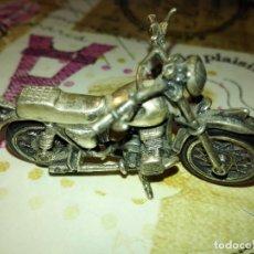 Joyeria: MOTO REALIZADA EN PLATA. Lote 103708635