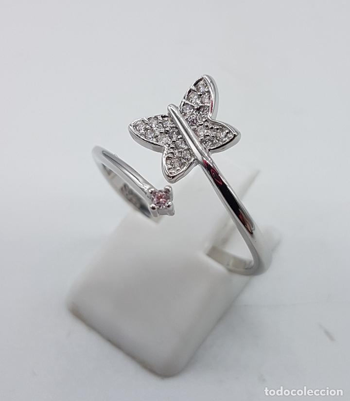 Joyeria: Bella sortija en plata de ley punzonada con mariposa en pavé de circonitas y circonita talla diamant - Foto 2 - 104220583