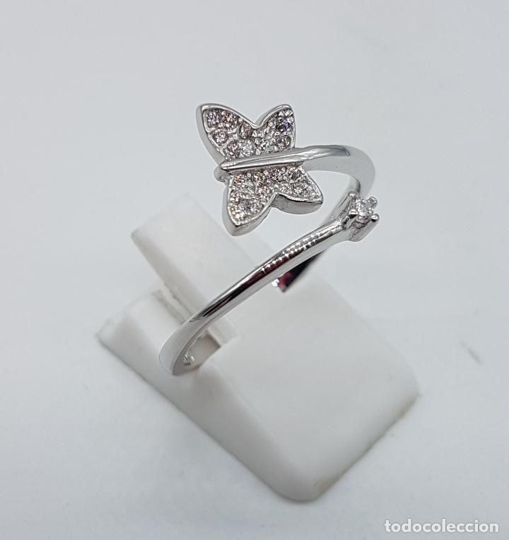 Joyeria: Bella sortija en plata de ley punzonada con mariposa en pavé de circonitas y circonita talla diamant - Foto 4 - 104220583