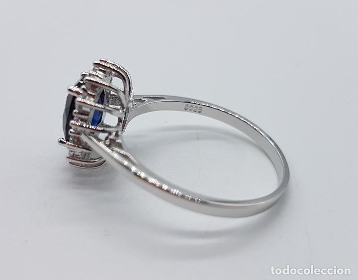 Joyeria: Anillo tipo imperio en plata de ley con talla oval zafiro engarzado y circonitas talla brillante . - Foto 5 - 104223451