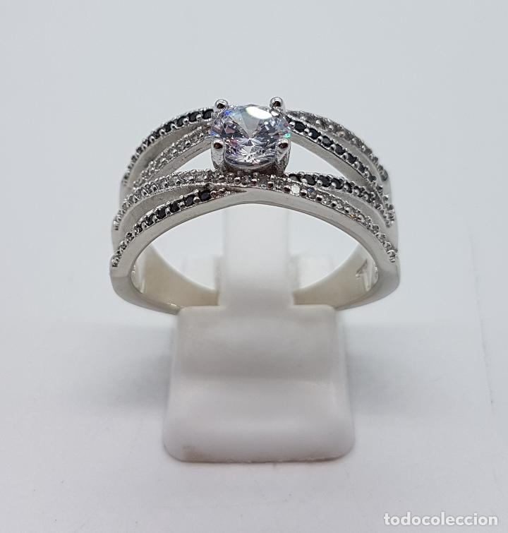 Joyeria: Bella sortija de estilo clasico en plata de ley contrastada, circonitas y azabaches talla brillante. - Foto 4 - 133664735