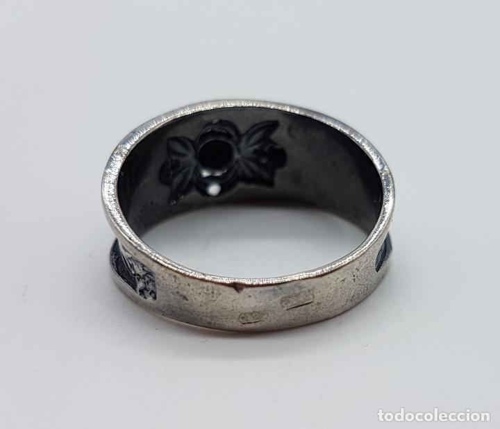 Joyeria: Anillo antiguo Victoriano en plata de ley punzonada bellamente labrada con circonitas y zafiro . - Foto 5 - 180028506