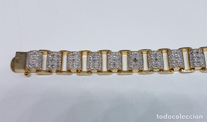 Joyeria: Pulsera antigua en plata de ley contrastada, oro amarillo y blanco de 18k, con bellos grabados . - Foto 5 - 198608141