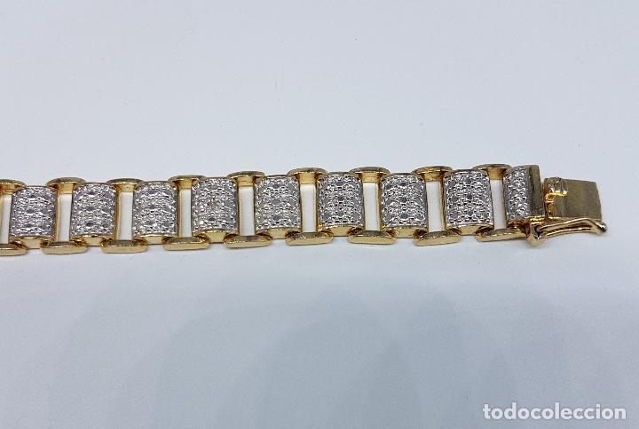 Joyeria: Pulsera antigua en plata de ley contrastada, oro amarillo y blanco de 18k, con bellos grabados . - Foto 6 - 198608141