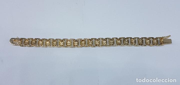 Joyeria: Pulsera antigua en plata de ley contrastada, oro amarillo y blanco de 18k, con bellos grabados . - Foto 8 - 198608141