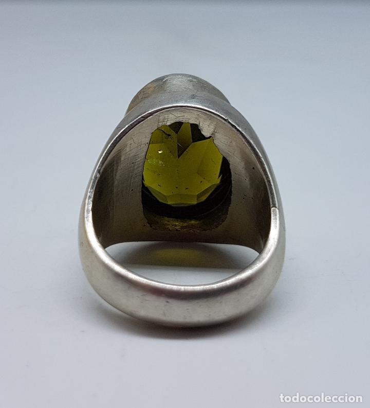 Joyeria: Gran anillo antiguo en plata de ley con olivina talla oval faceteada . - Foto 6 - 107092675